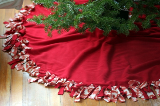 No-Sew Tree Skirt
